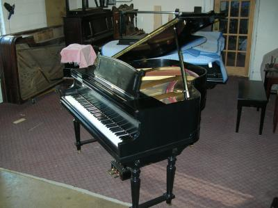 Lovely lauter apartment size baby grand piano Size of baby grand piano